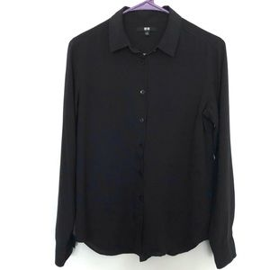 Uniqlo women's up button up shirt